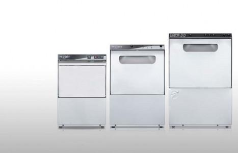 Cómo elegir un lavavajillas industrial